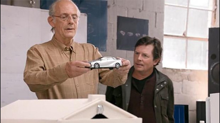 Ritorno al Futuro, Doc e Marty scoprono l'idrogeno della Toyota Mirai [VIDEO]