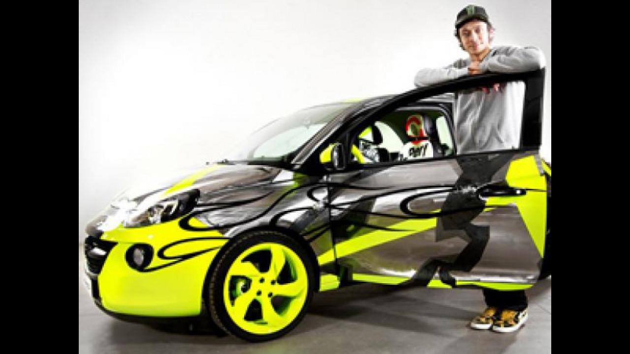 [Copertina] - La Opel Adam di Valentino Rossi è stata venduta per 30.450 euro