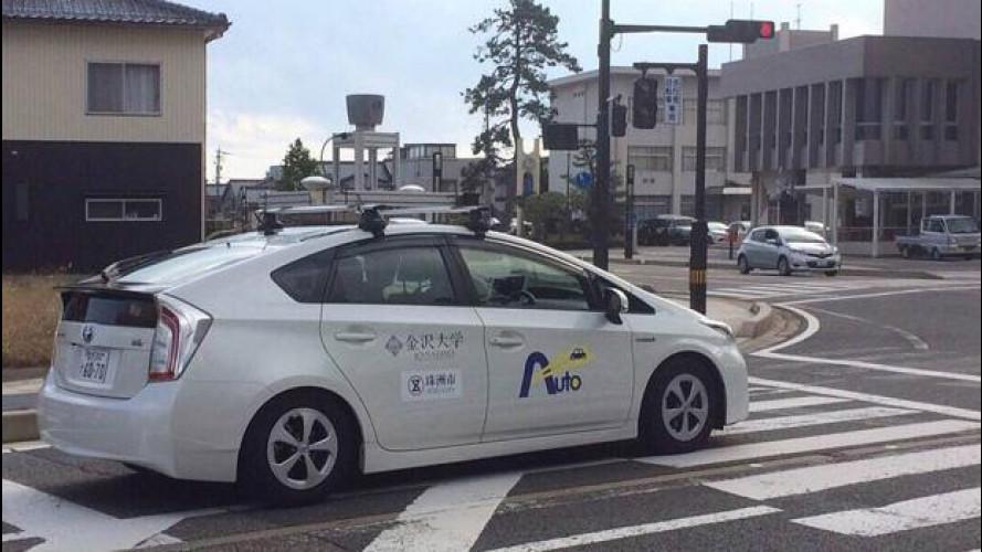 Da Toyota l'auto che guida da sola per trasportare anziani