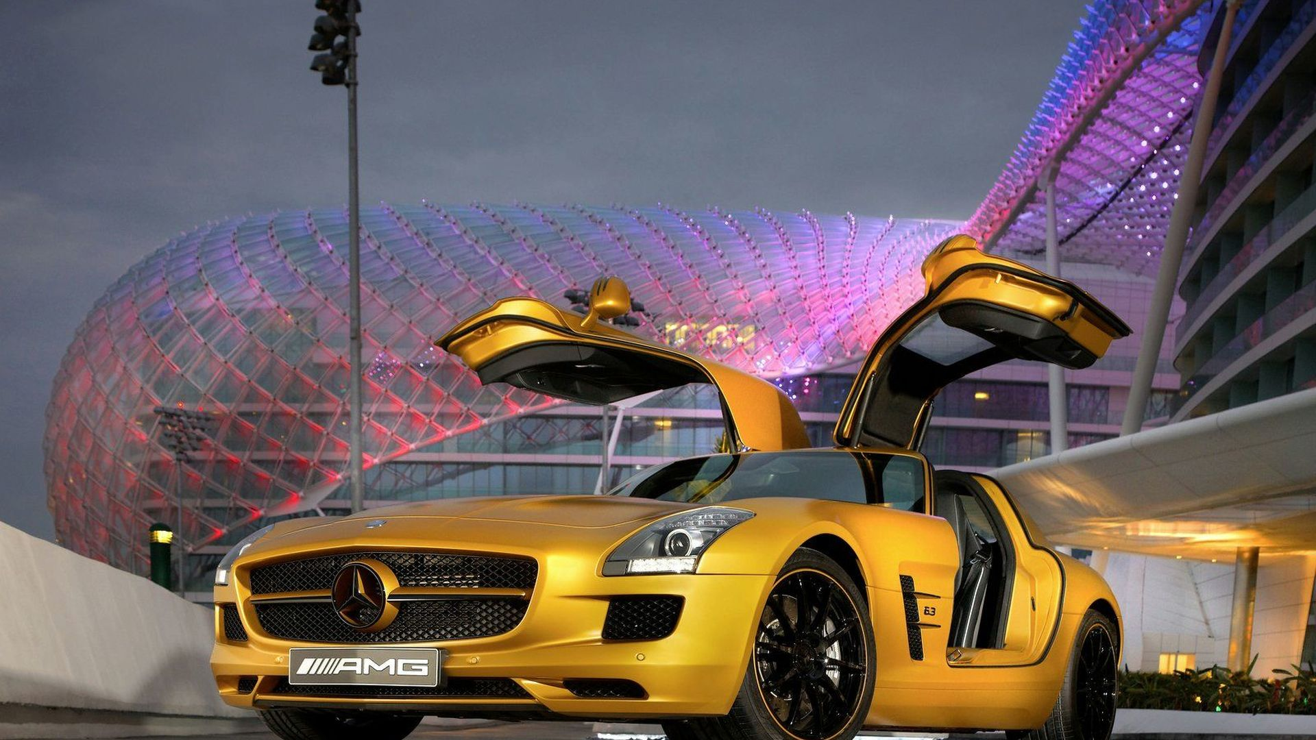 Mercedes Sls Amg Desert Gold And G 55 Amg Edition 79 To Debut At