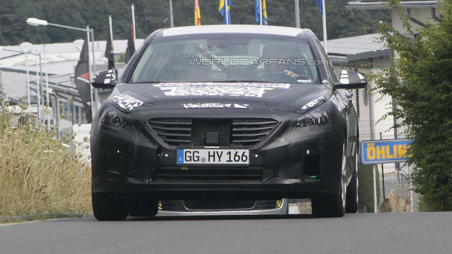 2015 Hyundai Sonata spied in action [video]
