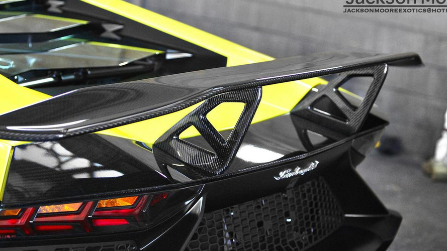 Lamborghini Aventador LP 720-4 50 Anniversario gets a rear wing from DMC
