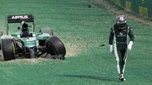 amui Kobayashi (JPN) Caterham CT05 crashed out at the start of the race, 2014 Australian Grand Prix
