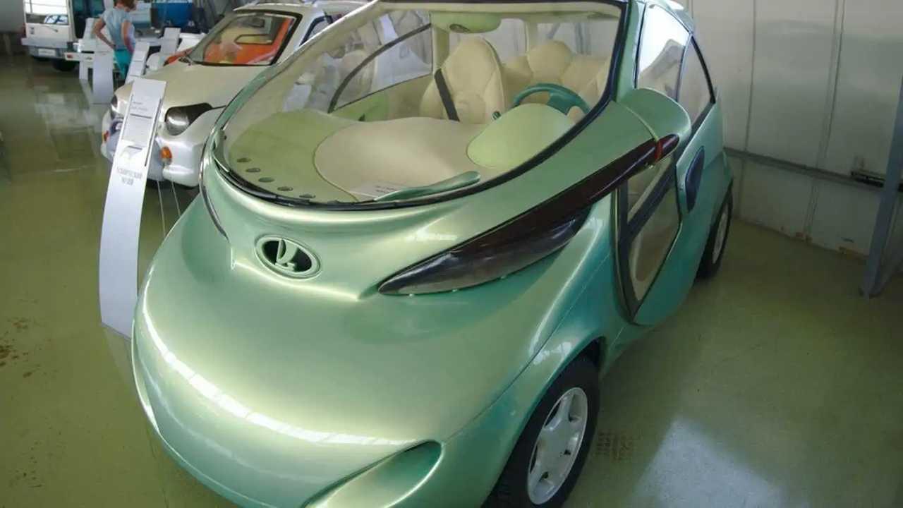 1998 Lada Rapan