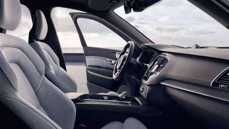 Volvo XC60 Híbrido ganha versão com acabamento feito de garrafas PET recicladas