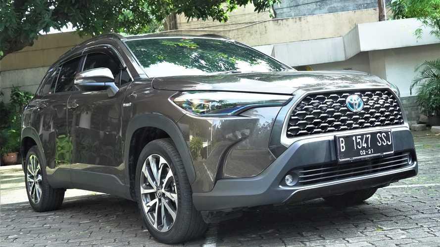 Toyota Corolla Cross Hybrid: Irit Bensin, Irit Harga, tapi Elegan