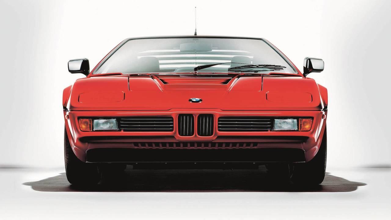 BMW M1 Lead