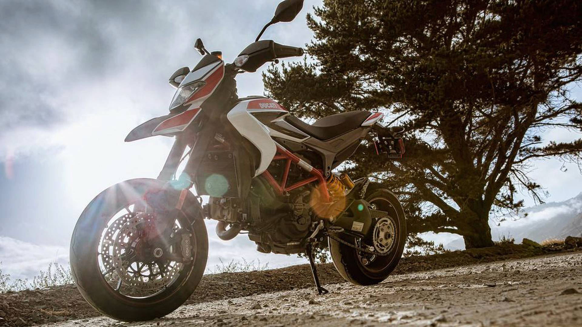 Rideapart Review 2013 Ducati Hypermotard Sp