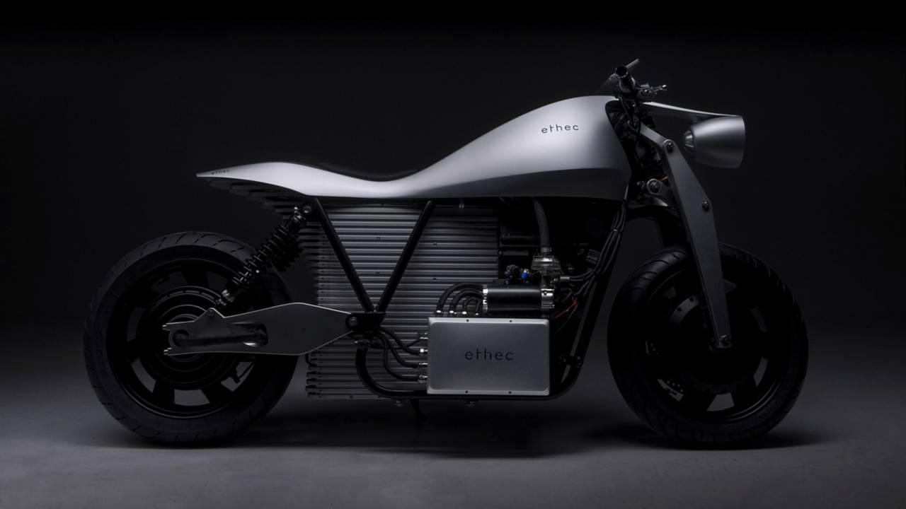 Swiss Students Design 250-Mile Range E-Bike