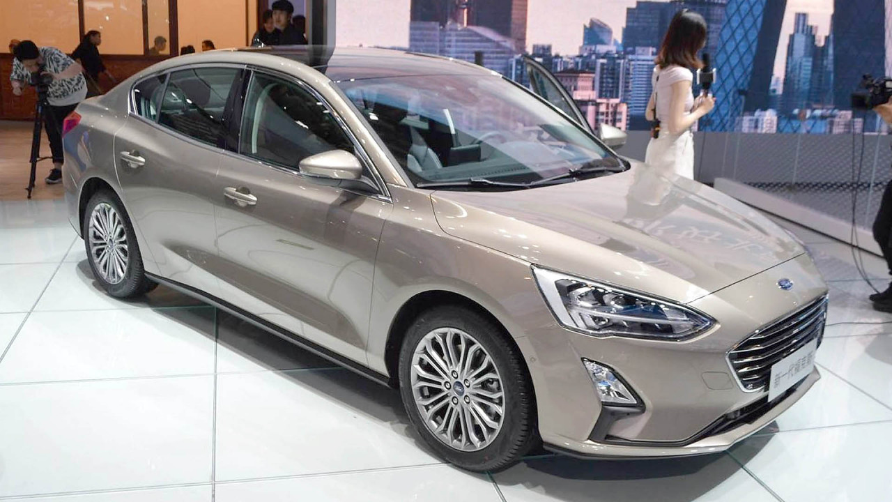 Ford Focus Stufenheck
