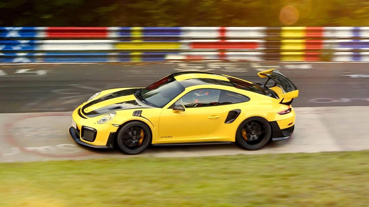 Porsche 911 GT2 RS (6:47.30)