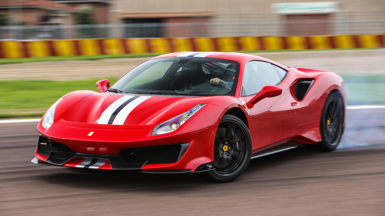 Ferrari 488 Pista, test on the Fiorano circuit
