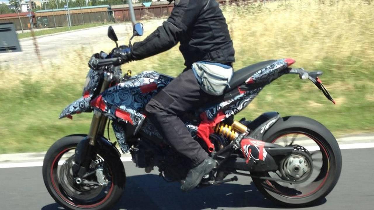 Details on the Ducati Hypermotard 848
