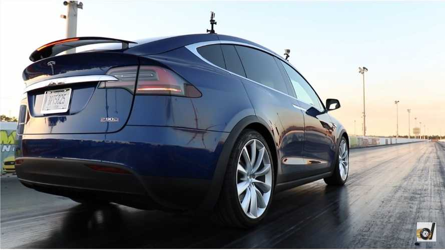 Tesla Model X P90DL On The Strip Or To The Soccer Practice - 0 To 60 MPH In 3.1 Seconds