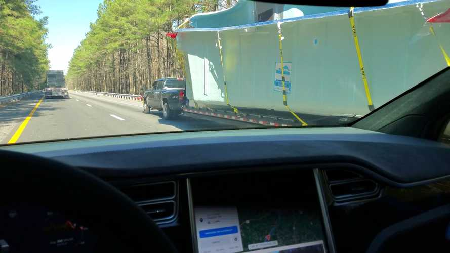 Watch How Tesla Autopilot Reacts To Different Oversized Loads: Videos