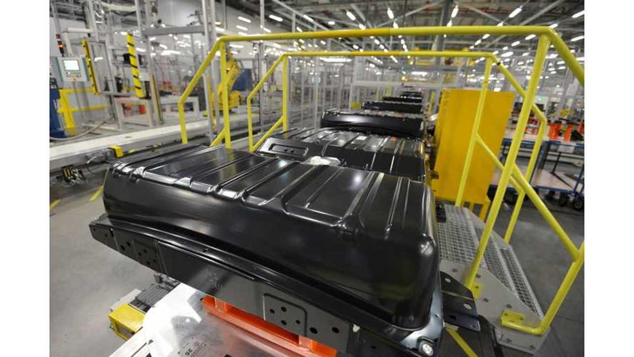 The making of a Nissan LEAF battery in Sunderland, UK
