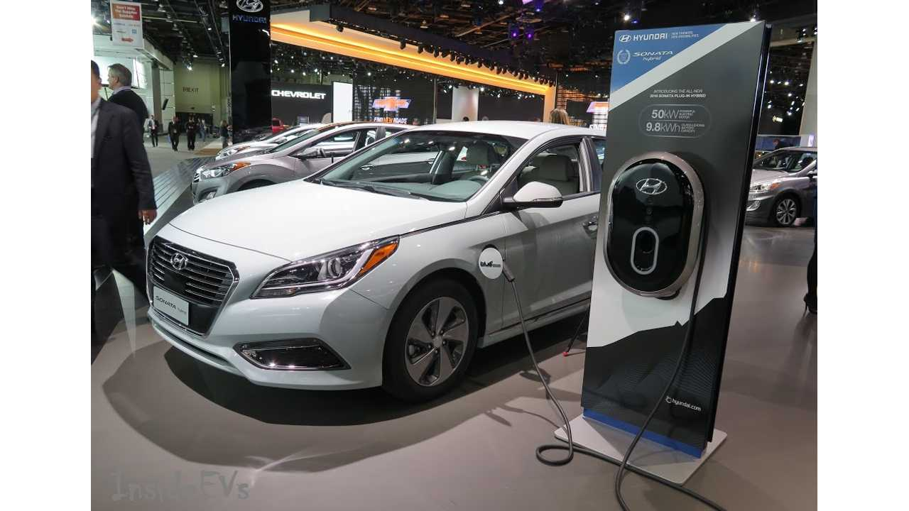 Hyundai Sonata PHEV Getting A Charge Out Of NAIAS (+1 to InsideEVs on the pun)