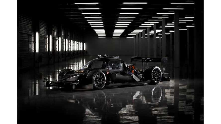 Roborace DevBot Is Autonomous Electric Race Car - Video