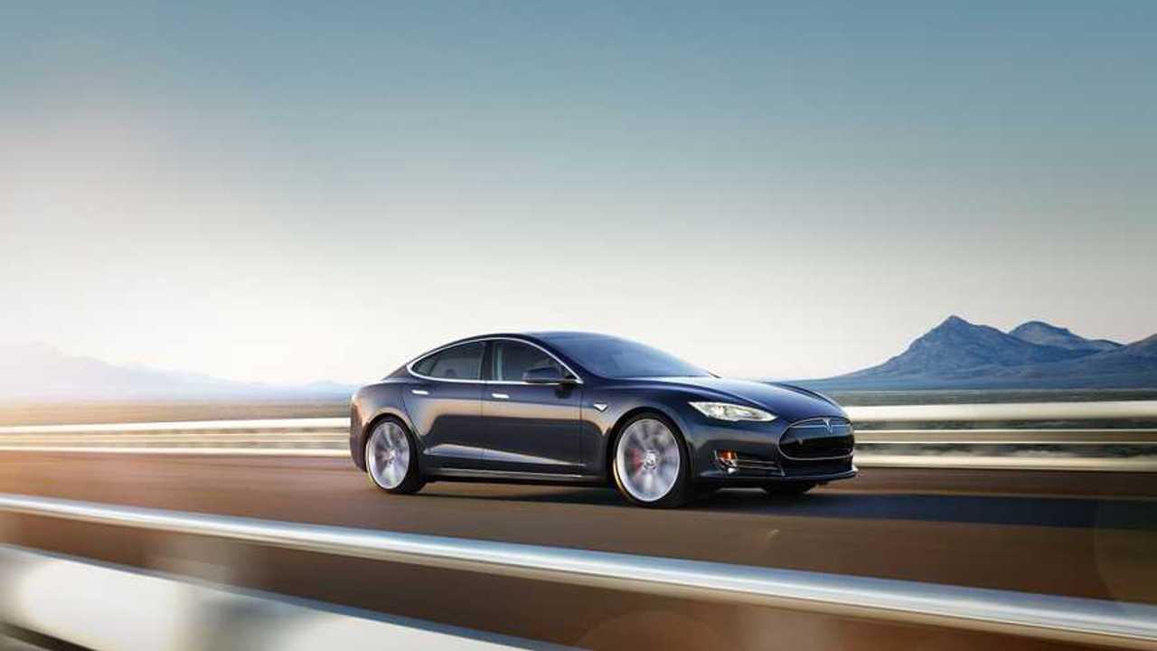 Tesla Model S Fails Vague Auto Brake Test, Smashes Into Dummy Car