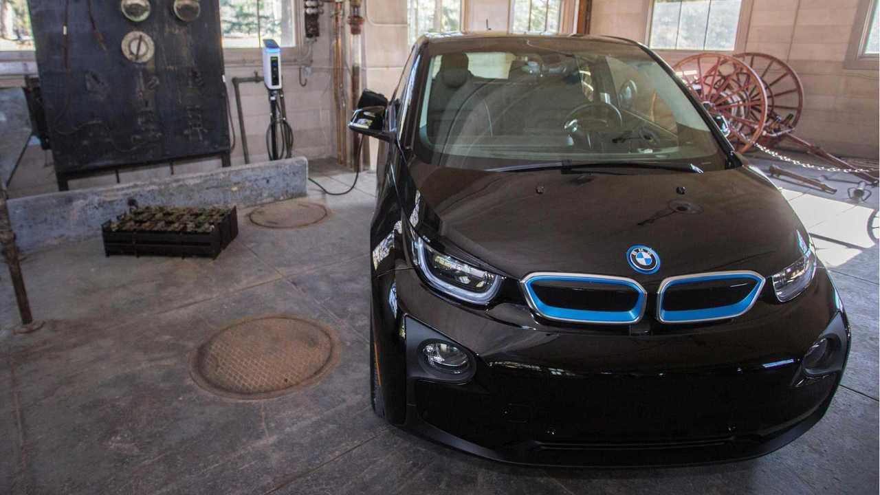 BMW Sets Up EV Charging Stations In National Parks
