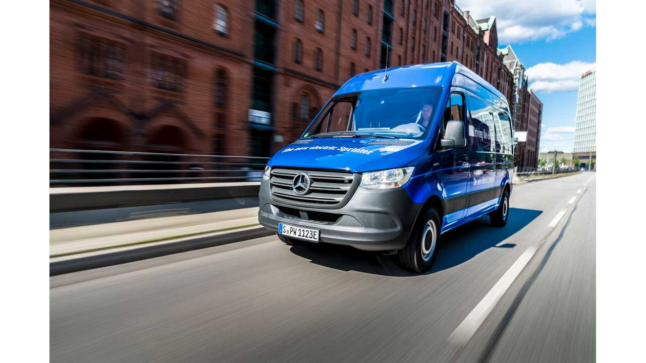 Daimler In Talks With Tesla For Electric Van