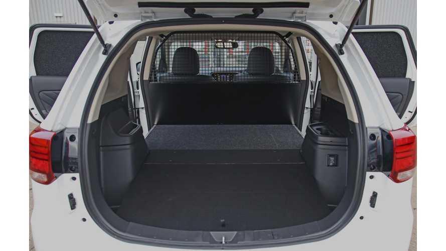 Mitsubishi Outlander PHEV Revealed As Commercial Vehicle