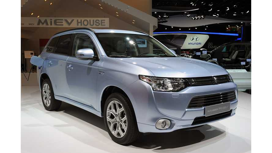 2016 US-Bound Mitsubishi Outlander PHEV To Be