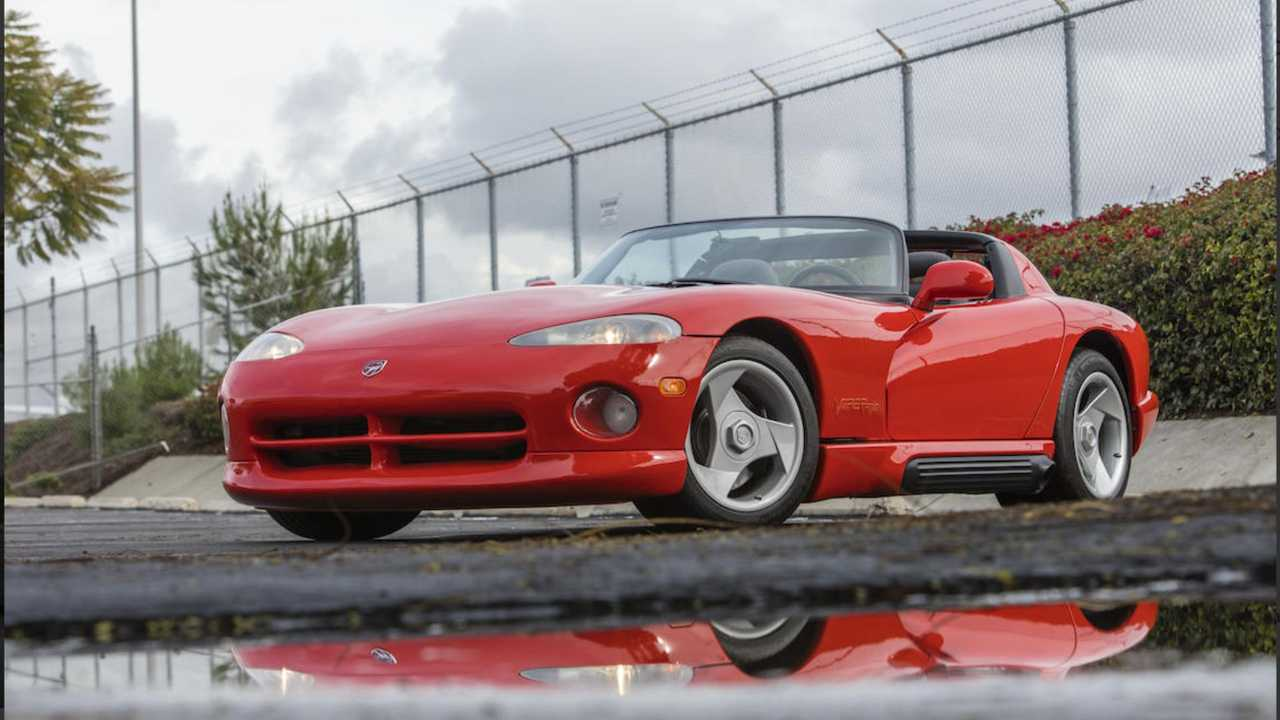 You Could Own Lee Iacocca's 1992 Dodge Viper RT/10