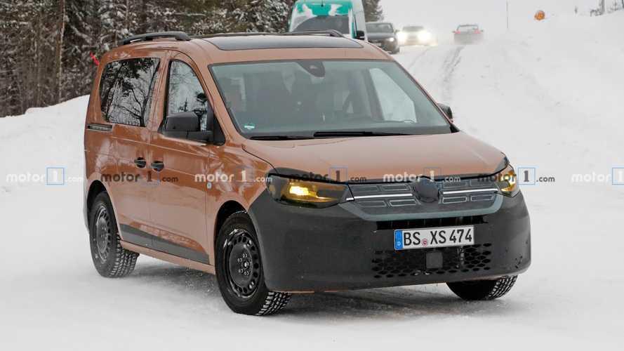 2020 Volkswagen Caddy Dacia taklidi yapıyor
