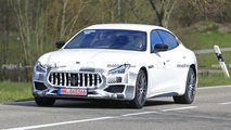 Maserati Quttroporte facelift spy photos