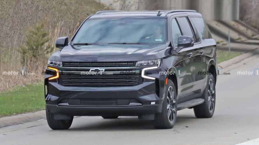 2021 Chevrolet Suburban RST Spy Shots