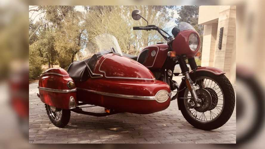This 1974 BMW Sidecar Rig Is Ready For Your Next Adventure