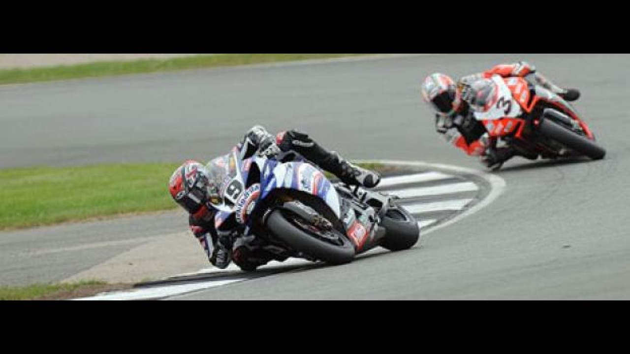 WSBK 2009, Donington Park: dominio Spies