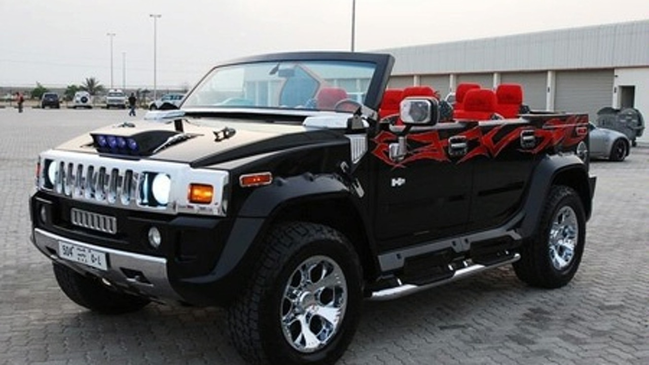 Hummer H13 Cabrio Spotted in Abu Dhabi | golden hummer
