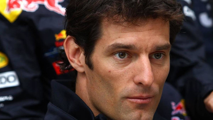 Webber phones Rossi after similar leg break