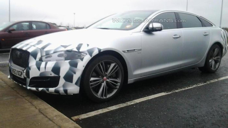 Jaguar XJ facelift spotted by WCF reader