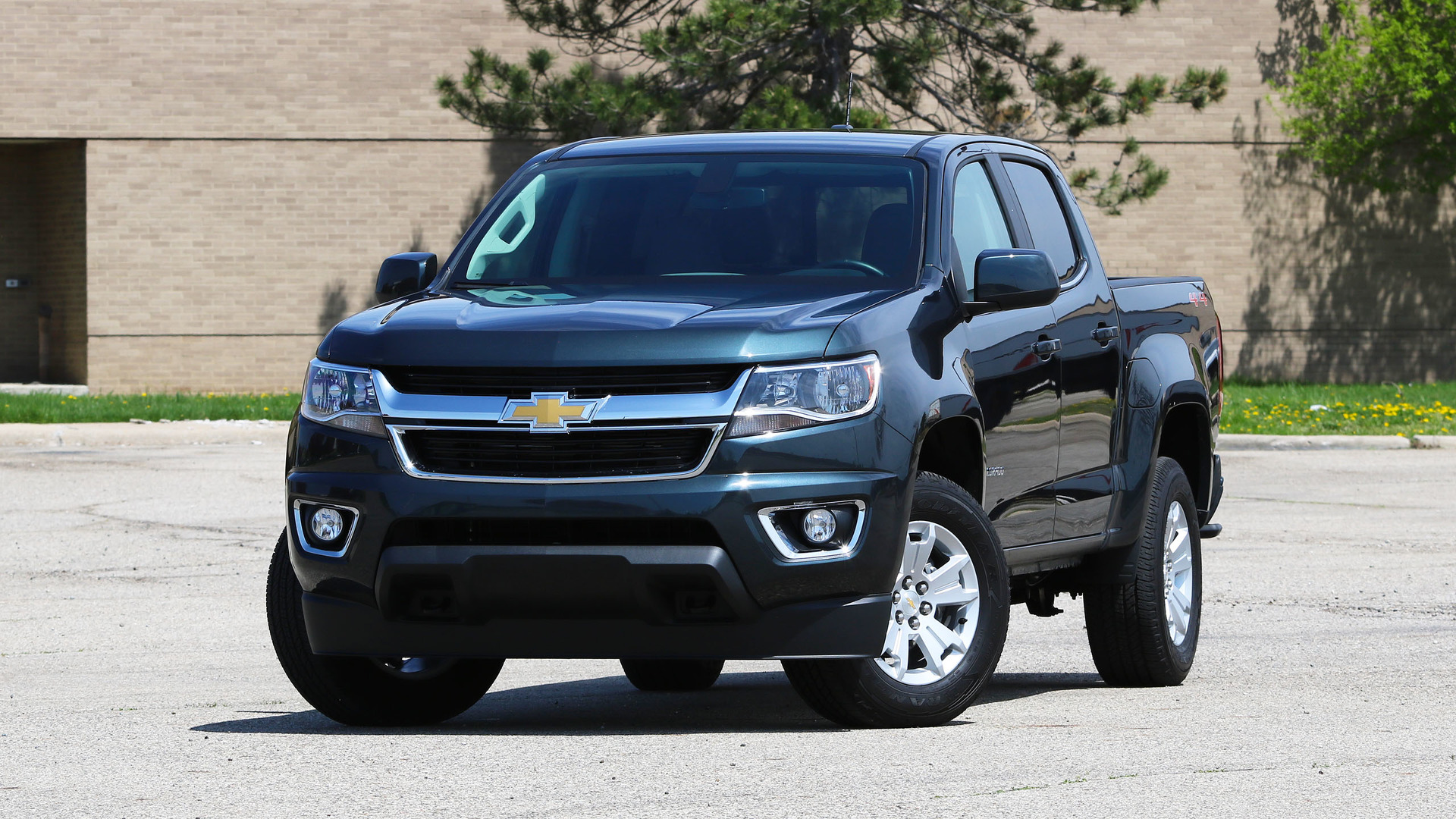 2017 Chevy Colorado Review: All You Need From A Truck
