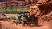 Jeep Salute at 2017 Easter Jeep Safari