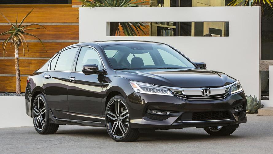 Tűzveszély miatt hívhat vissza több mint 2 millió Accord-ot a Honda