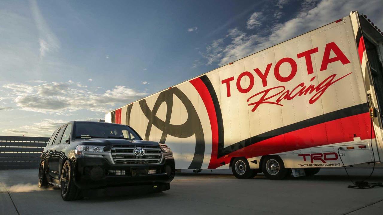 Toyota Land Cruiser rekor