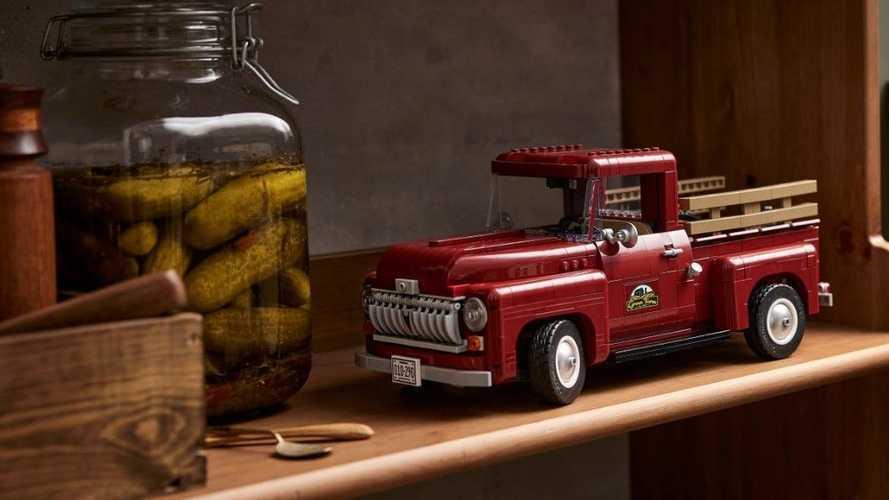 Ford, anche il pick-up F-100 entra nel catalogo Lego