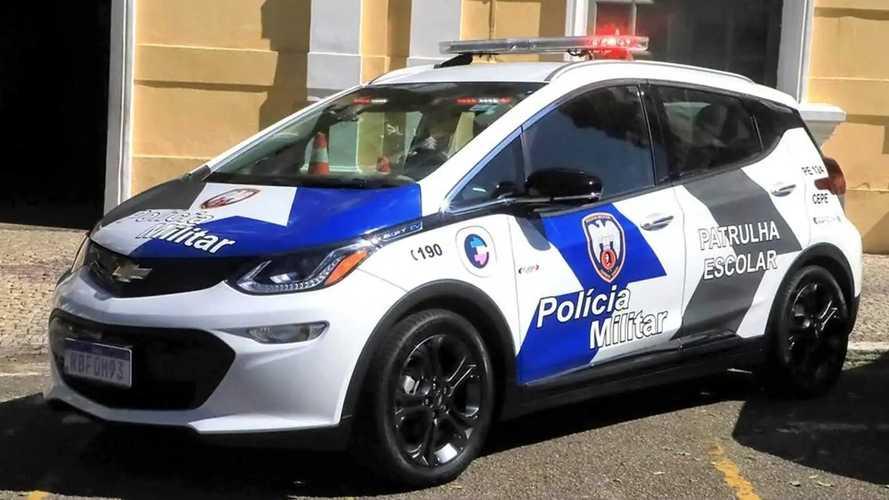Chevrolet Bolt vira 'viatura elétrica' da PM no Espiríto Santo