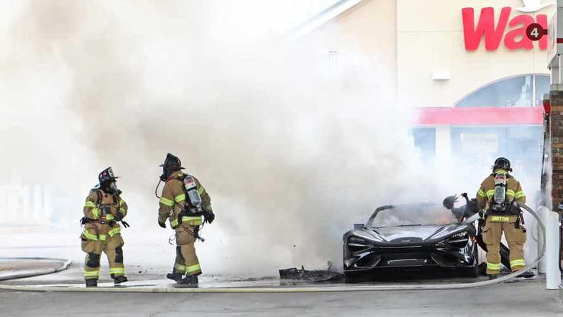McLaren 765LT Pennsylvania Fire  Far