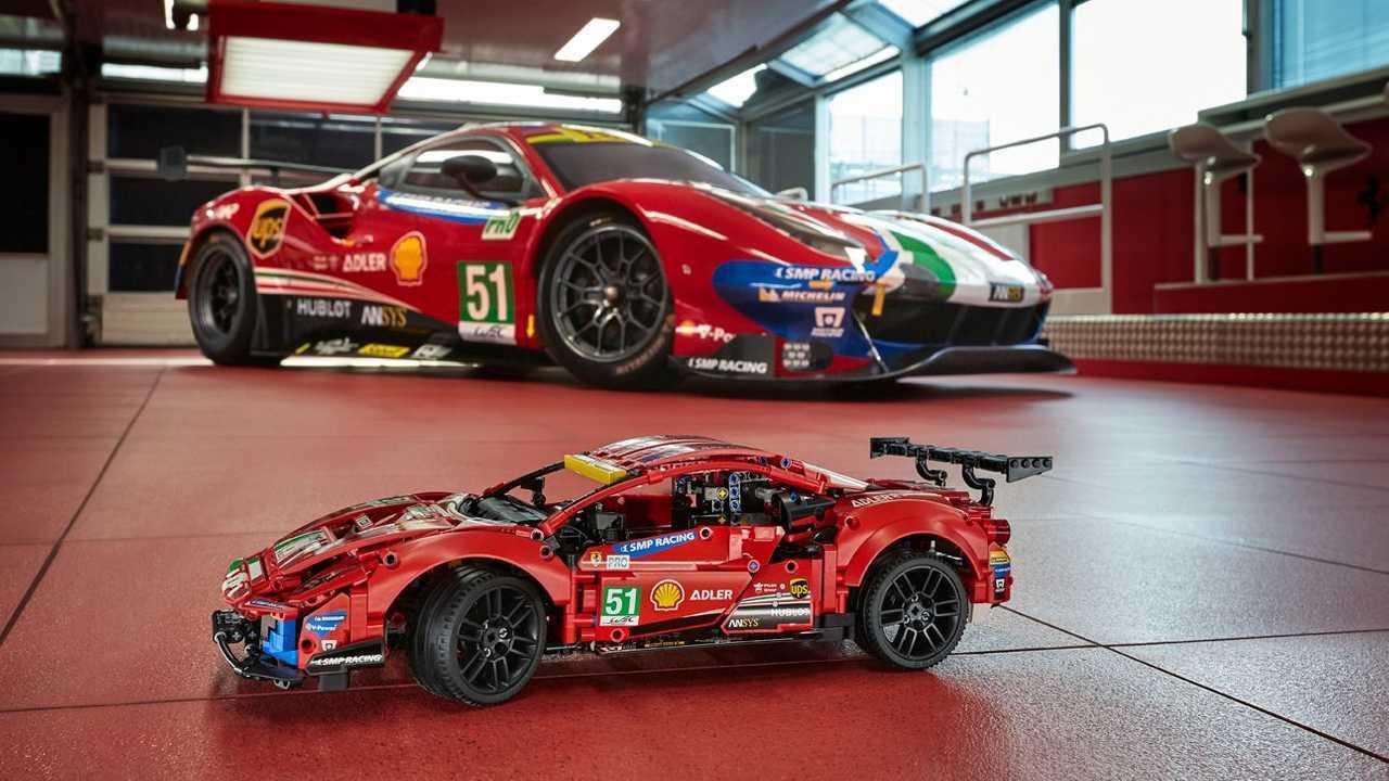 Lego avec Ferrari pour la Ferrari eSport Series
