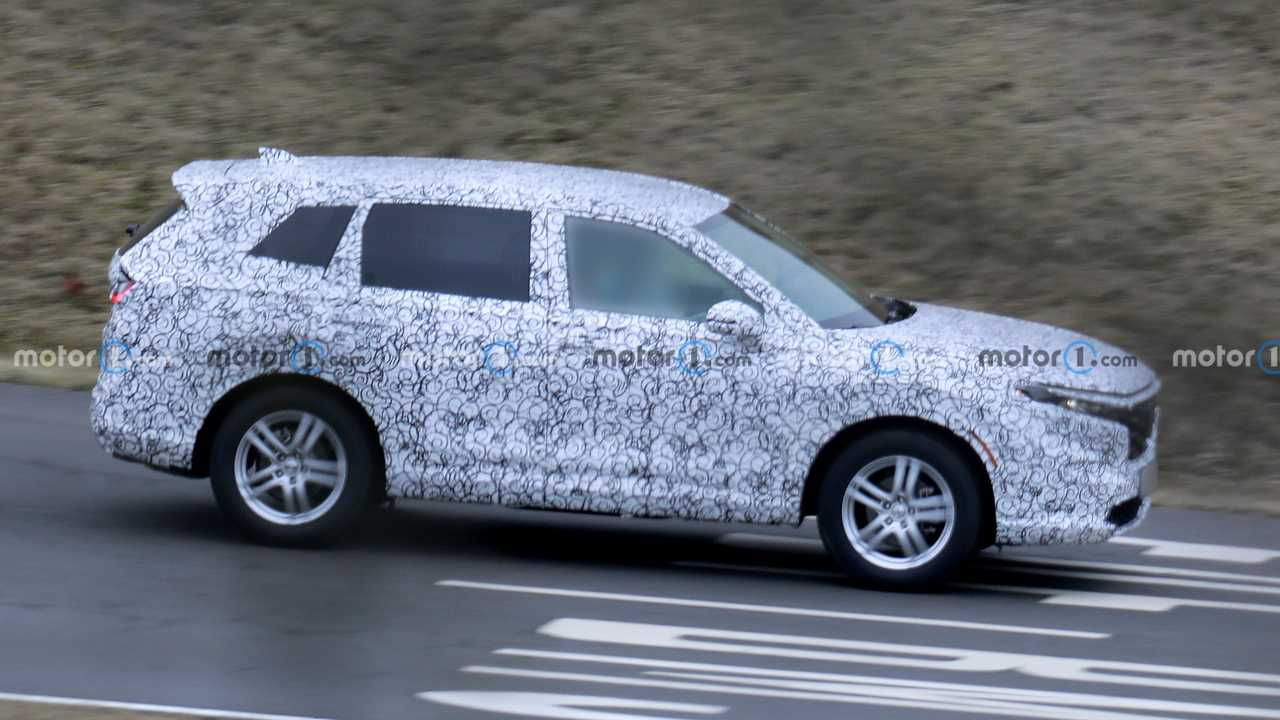 First look at the 2023 Honda CR-V in spy photo