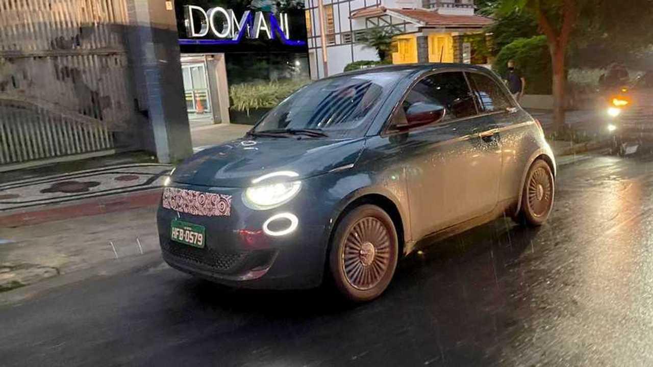 Fiat 500 eletrico - flagra