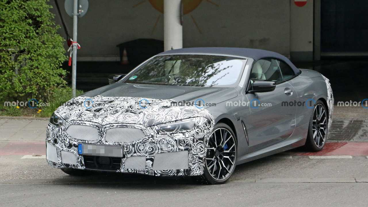 BMW 8 Serisi Convertible Ön Cephe