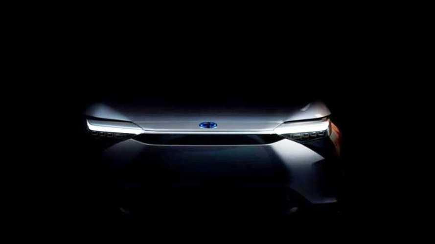 Il primo SUV elettrico di Toyota mostra il suo volto