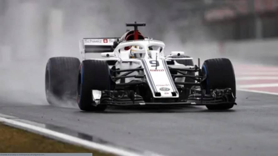 F1 Test Günü 3: Formula1 kar altında