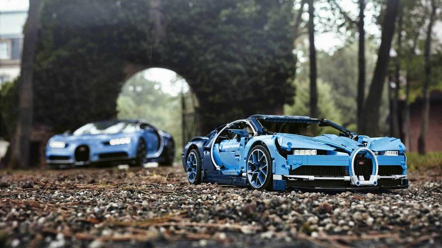 Lego Bugatti Chiron, una bellezza in 3.599 pezzi